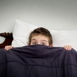 Если ребенок плохо спит, поможет ли пеленание?